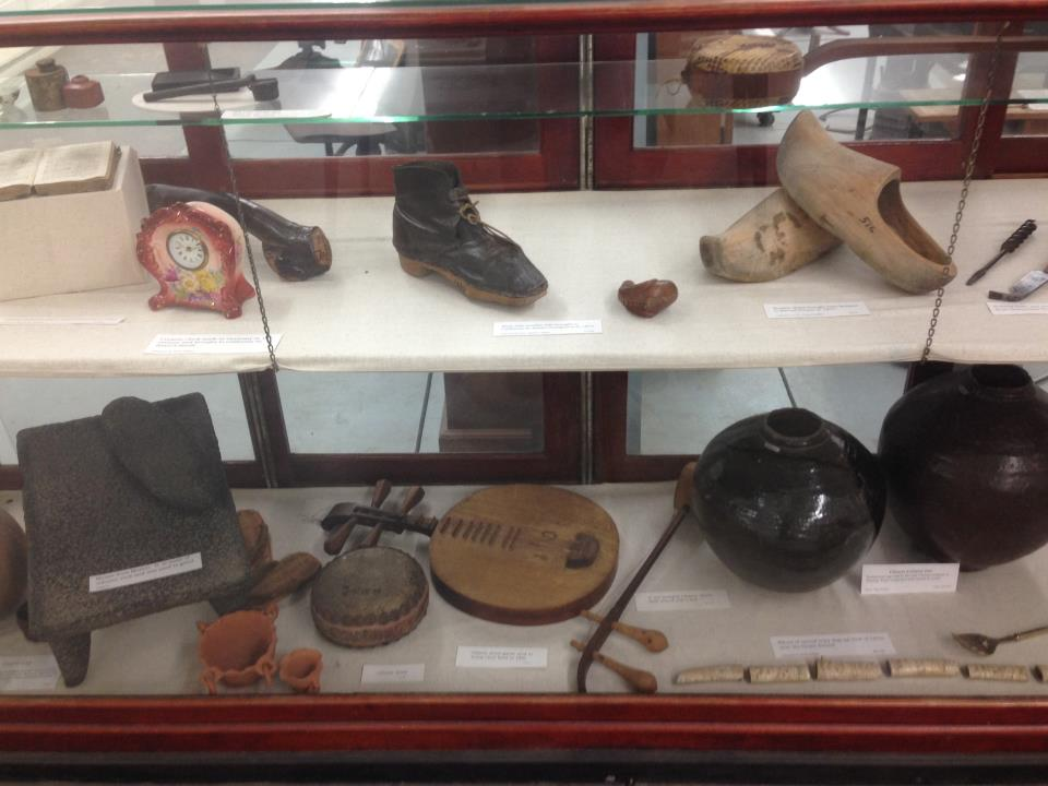 Artifacts brought by settlers representing their home countries